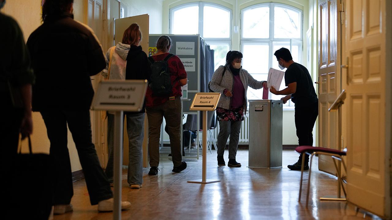 Almanya'da kritik seçim bugün