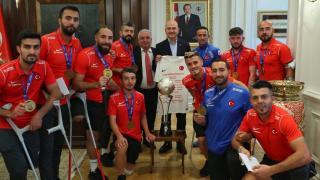 Ampute Milli Futbol Takımı'ndan Bakan Soylu'ya ziyaret