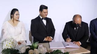 Bakan Varank sözünü tuttu, nikah şahitliği yaptı