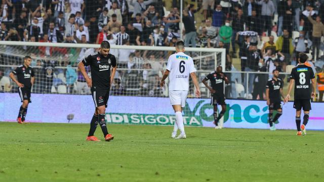 Beşiktaş ligde ilk yenilgisini aldı