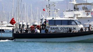 Teknede 254 düzensiz göçmen yakalandı