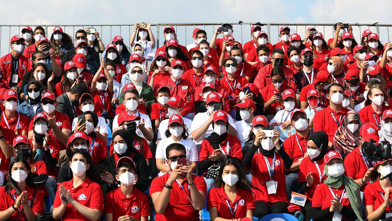 Emine Erdoğan TEKNOFEST'e katılan gençlerle bir araya geldi