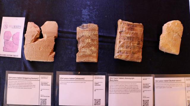 Liseliler tarihi `Yazdırılabilir Eserler Müzesi`nde öğreniyor
