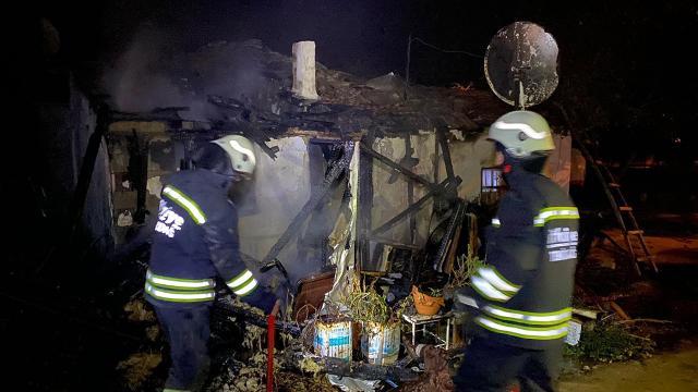 Tekirdağda yangın: Ev kullanılamaz hale geldi