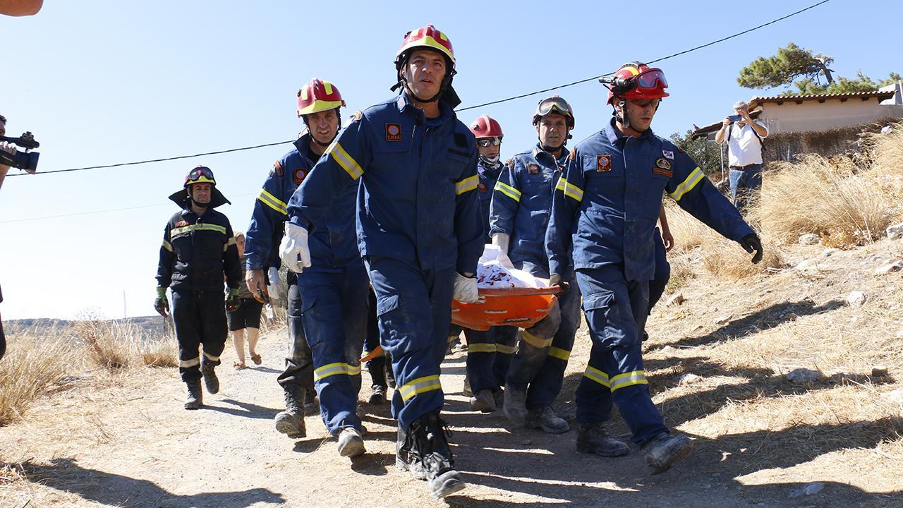 Ege'de 5,7'lik deprem: 1 kişi hayatını kaybetti