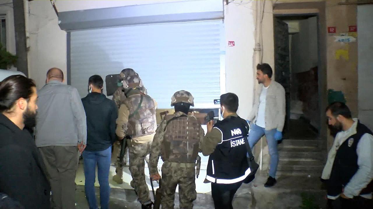 İstanbul'da zehir tacirlerine 'şafak' baskını