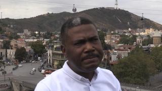 """Nijerya asıllı """"İbo kabilesinin kralı"""" Gürcistan'da belediye başkanlığına aday"""