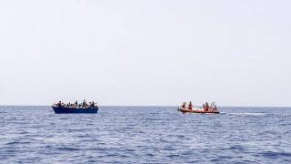 Bir günde 500'ü aşkın düzensiz göçmen Lampedusa Adası'na ulaştı
