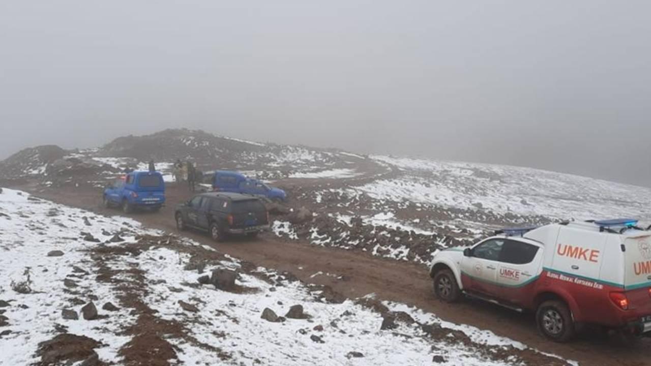 Donmak üzere olan 2 çoban kurtarıldı