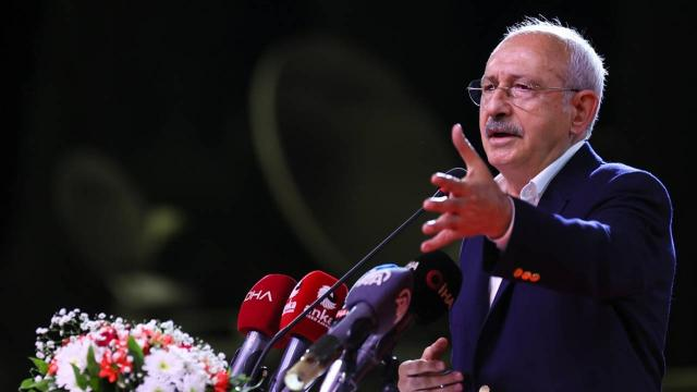 Kılıçdaroğlu öğrencilerle buluştu: Size Türkiyede yaşanacak ortamı sağlayacağım