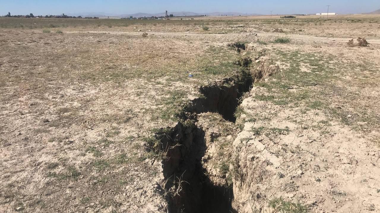 Konya'daki yarıklar yerleşim yerlerine ulaştı