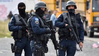 Kosova ile Sırbistan arasında kriz