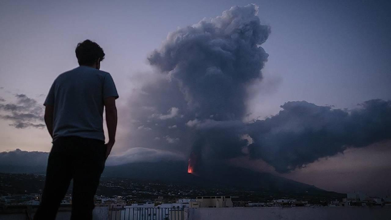 La Palma Adası'nda lavlar 462 evi yaktı