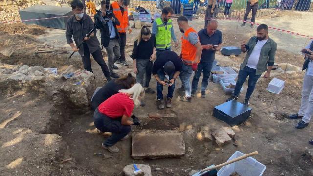 Ordudaki arkeolojik kazıda yeni lahit mezara ulaşıldı