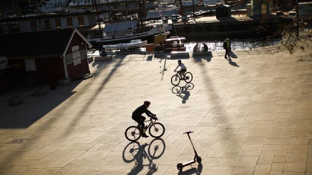 Norveçte COVID-19 önlemleri kaldırıldı