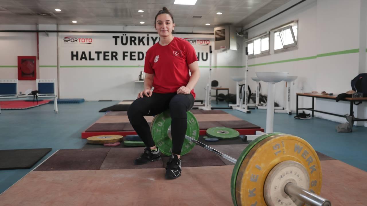 Nuray Levent 3 altın ile Avrupa şampiyonu