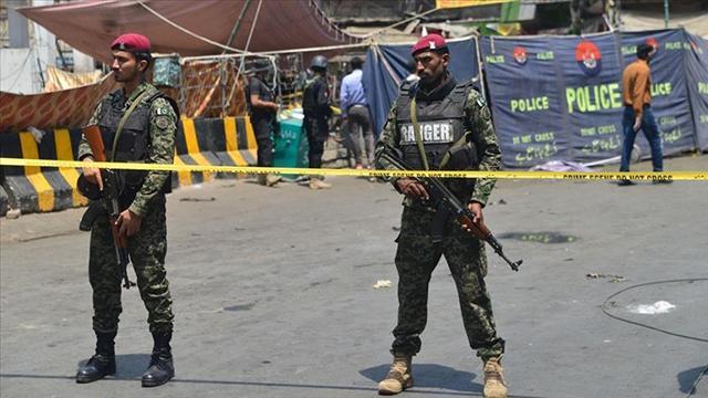 Pakistanda terör saldırısı: 4 asker öldü