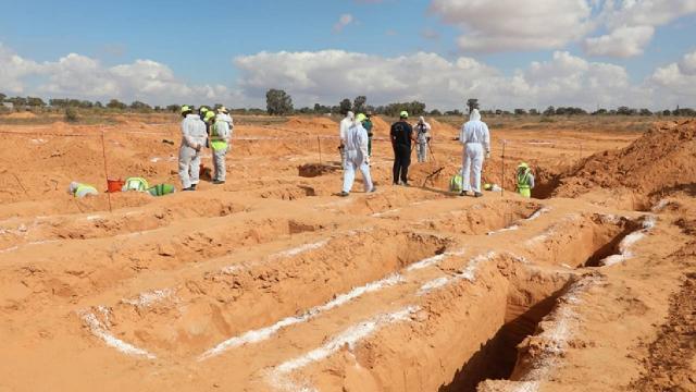 Libyanın Terhune kentinde iki toplu mezar daha bulundu