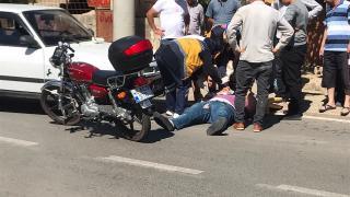 Kahramanmaraş'ta otomobil ile çarpışan motosikletin sürücüsü yaralandı