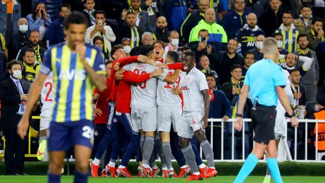 Fenerbahçe Avrupada farklı yenildi