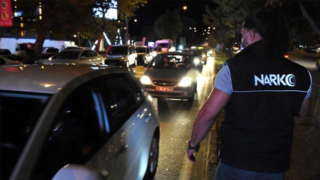 Türkiye Güven Huzur uygulamasında 1156 şüpheli yakalandı