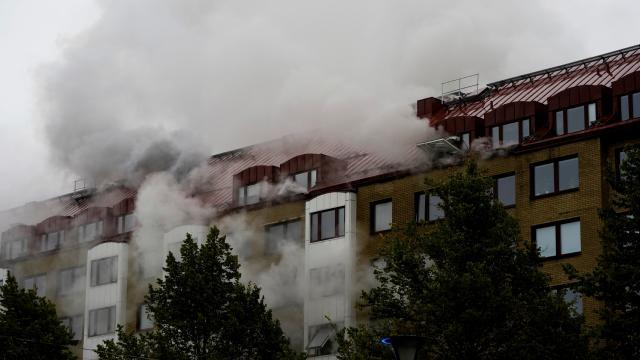 İsveç'teki patlamayla ilgili 55 yaşında bir zanlı aranıyor