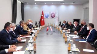 Milli Eğitim Bakanı Özer, KKTC'li mevkidaşı Amcaoğlu ile görüştü