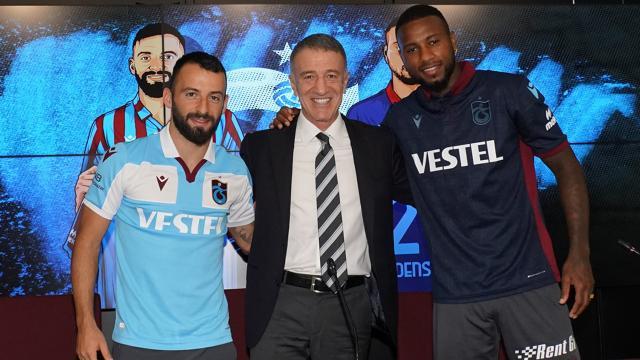 Trabzonspor'da gecikmeli imza töreni
