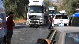 Muğla'da kamyonla çarpışan motosikletin sürücüsü öldü