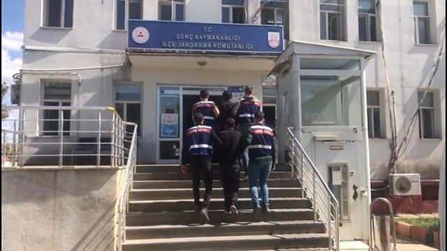 Bingölde terör ve uyuşturucu suçundan aranan iki kişi yakalandı