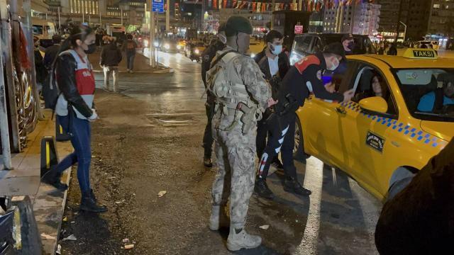 """İstanbulda """"Yeditepe Huzur Uygulaması"""" yapıldı"""