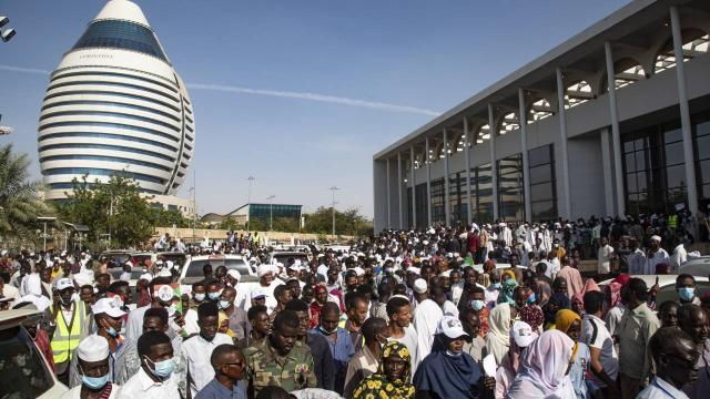 """Sudanda """"Misak-ı Vatani"""" anlaşması imzalandı"""