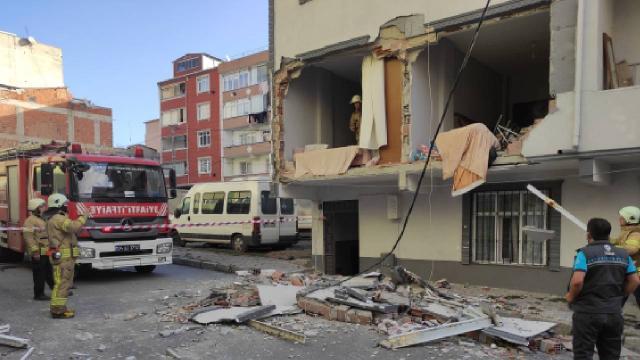 Avcılarda bir binada tüp patladı: 1 yaralı