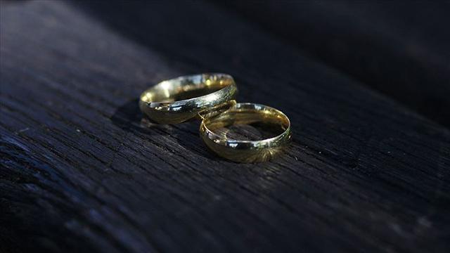Yargıtaydan emsal karar: Ben yoksam hiçsin boşanma sebebi