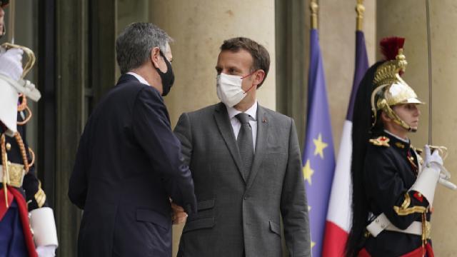 Macron ABDli yetkililerle denizaltı kriz nin ardından ilk kez yüz yüze görüştü
