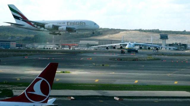 İstanbul Havalimanı dev uçakları ağırladı