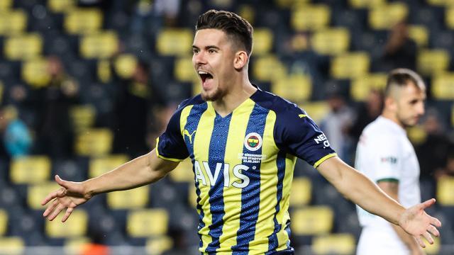 Fenerbahçede Ferdi Kadıoğlu performansıyla öne çıktı