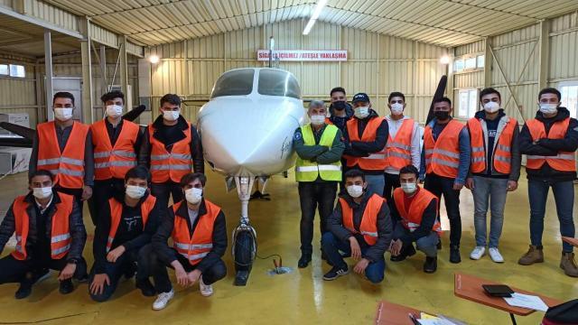 Öğrenciler havacılık eğitimlerini tamamladı