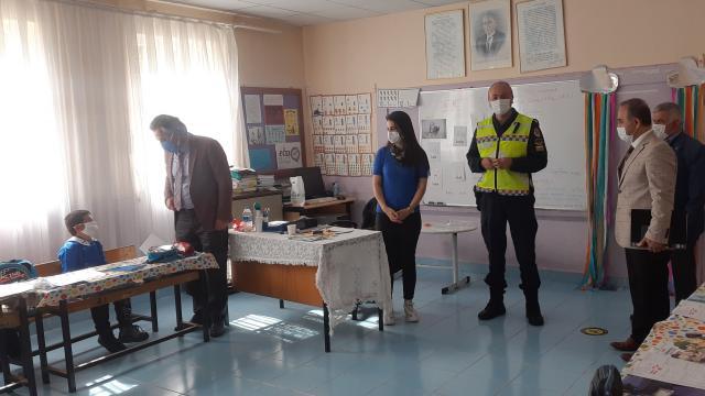 Samsun Milli Eğitim Müdürü Yiğitten jandarmaya teşekkür
