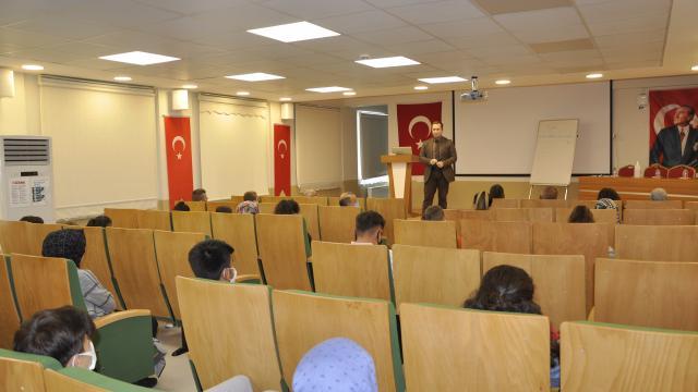 İhsangazide turizm sektörü çalışanlarına eğitimi verildi