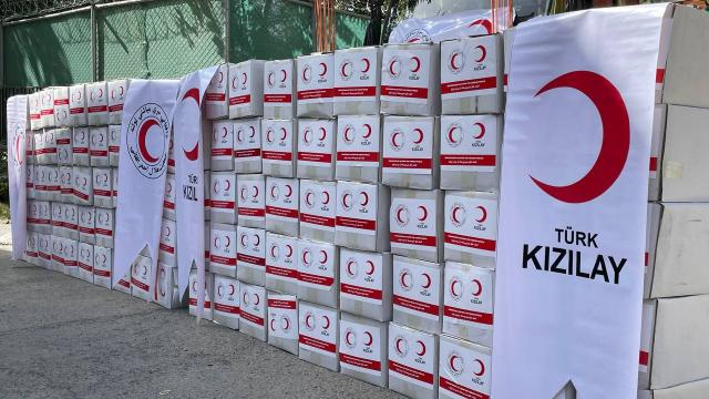 Türkiye, Afganistana 33 ton gıda yardımı ulaştırdı