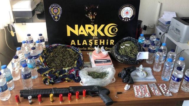Manisada uyuşturucu operasyonu: 12 gözaltı