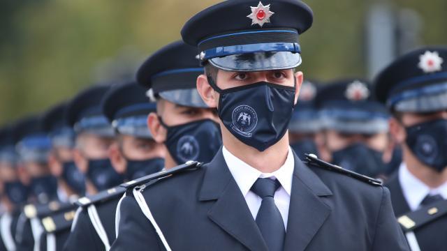 Kastamonu Polis Meslek Yüksekokulu öğrencilerinden mezuniyet yürüyüşü