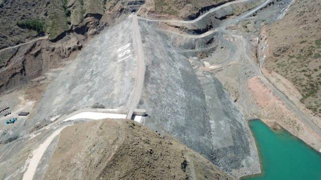 Erzincandaki Turnaçayırı Barajı su tutmaya başladı