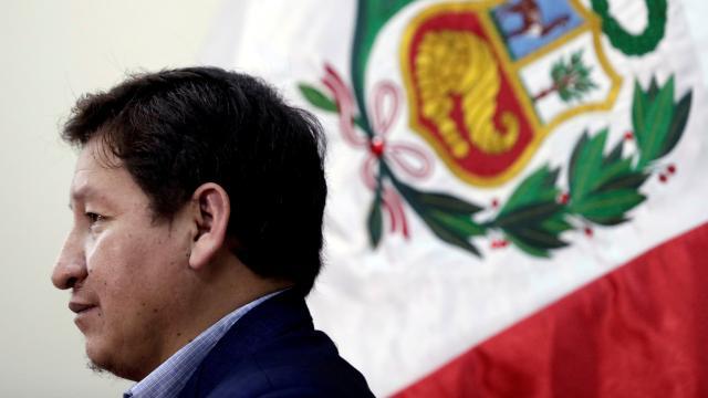 Peruda başbakan ve tüm kabine istifa etti