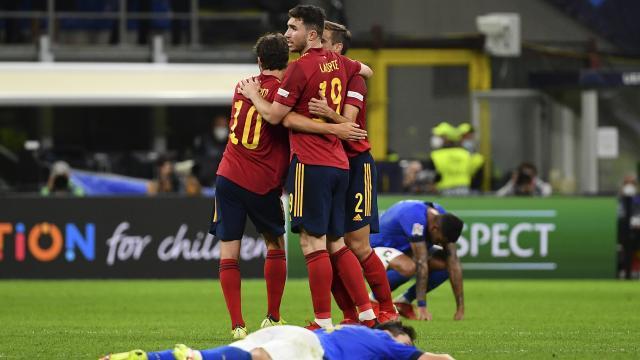 Uluslar Liginde ilk finalist İspanya