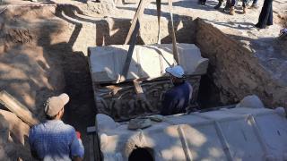İznik'te nekropol kazısı: Mumyalanmış 3 iskelet bulundu
