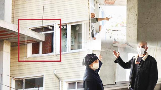 Bir metrelik arsa işgali yüzünden camlarının önü kapandı