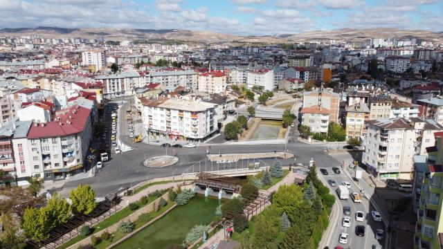 Sivasta Gülyurt Bağlantı Köprüsü trafiğe açıldı