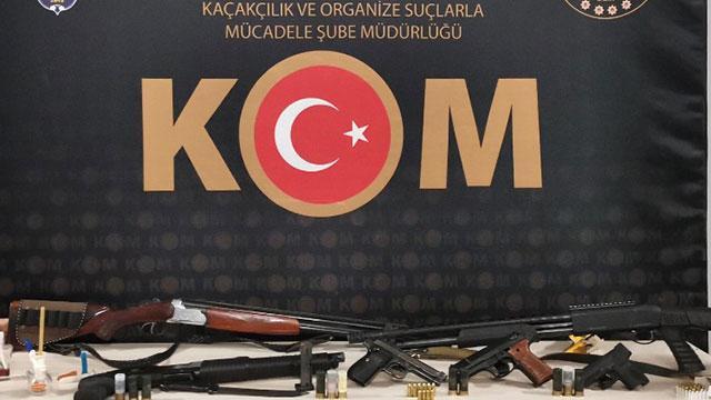 """Suç örgütlerine """"Sahil Rüzgarı-2"""" operasyonu: 14 gözaltı"""